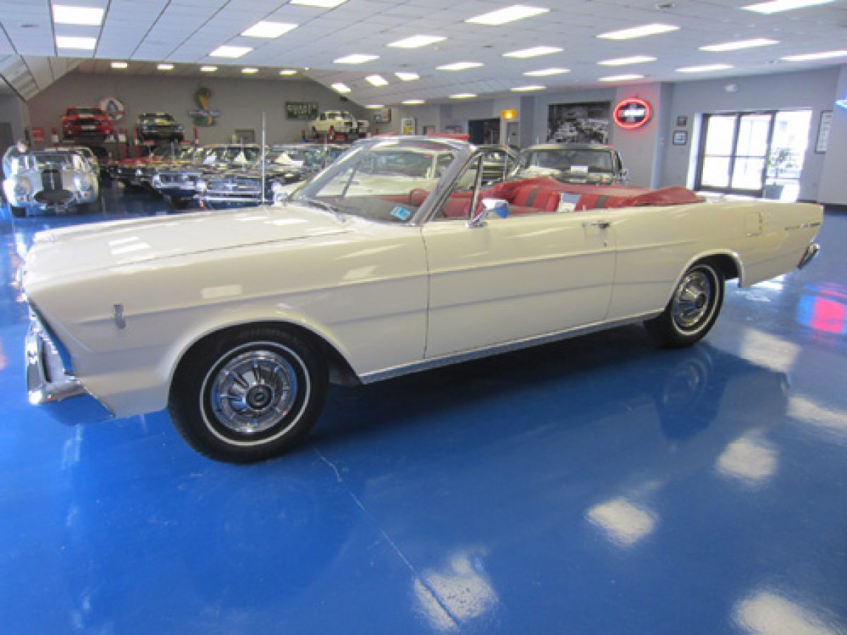 1966_ford_galaxie_500_convertible_a_sm