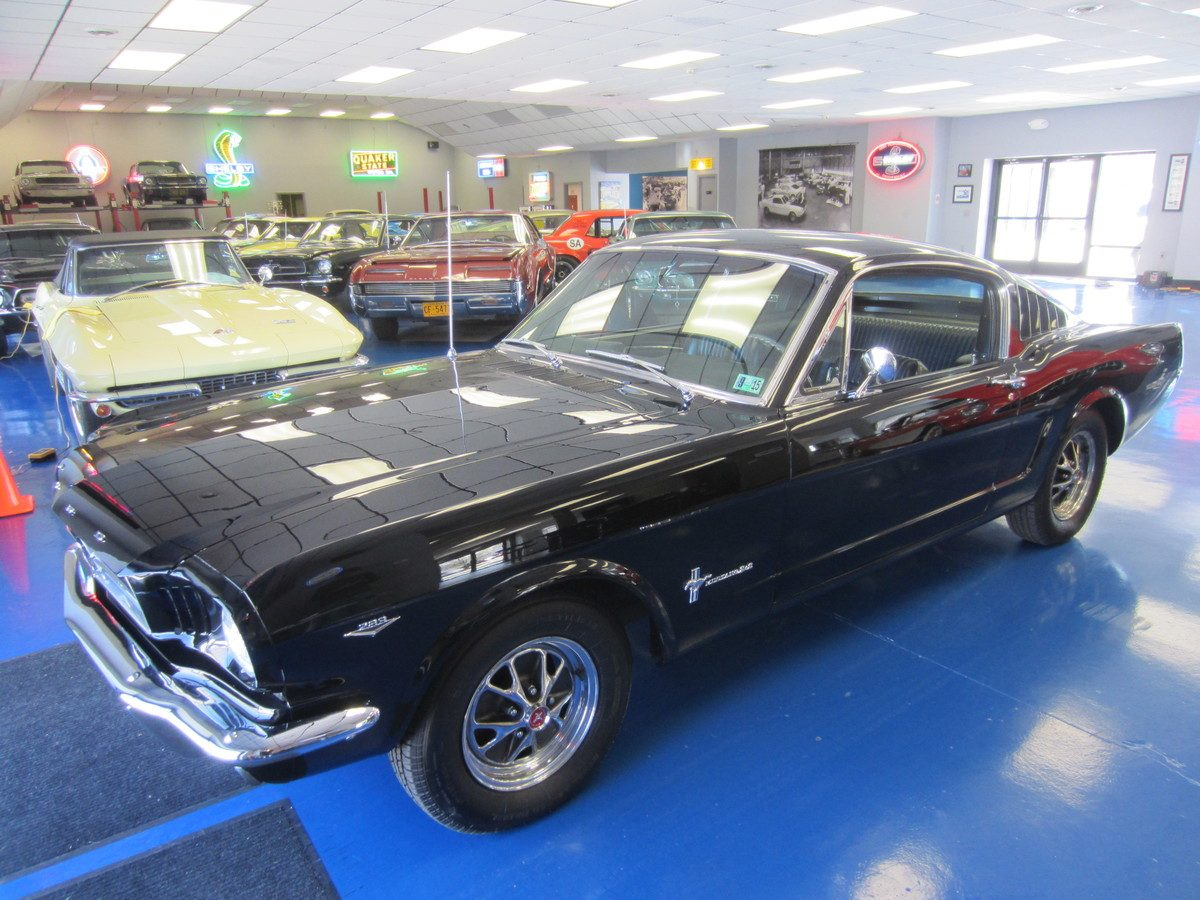 1966_mustang_fastback_raven_black_a